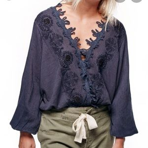 Excellent Condition FREE PEOPLE Desert Sands Top